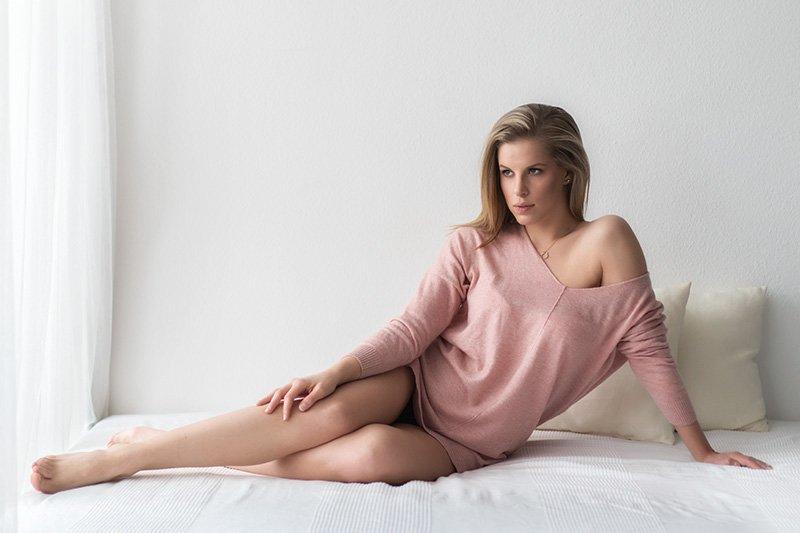 boudoir ágyon